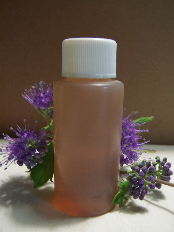 Leather fragrance oil / soap scent / candle scent / 1 ounce