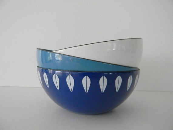 Trio of 3 small Cathrineholm Blue and White Enamel Bowls