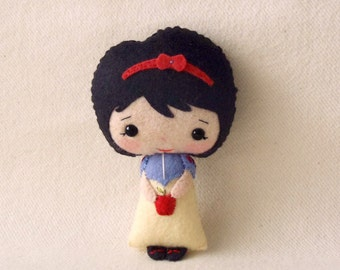 Snow White pdf Pattern - Instant Download