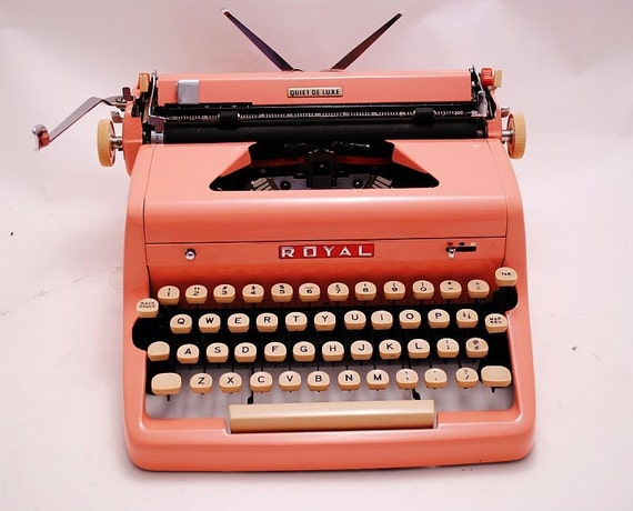 1950s PINK Royal Quiet Deluxe Typewriter