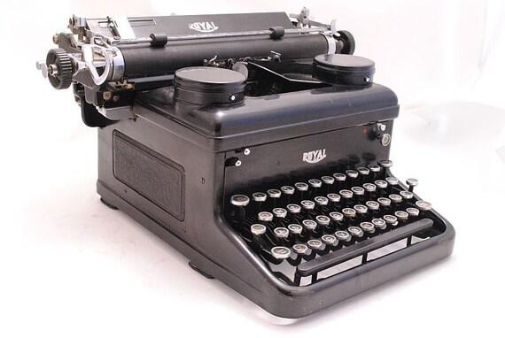 RESERVED Royal Typewriter 1930s KHM Working