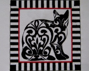 Queen Damask Cat Embroidery Quilt Block