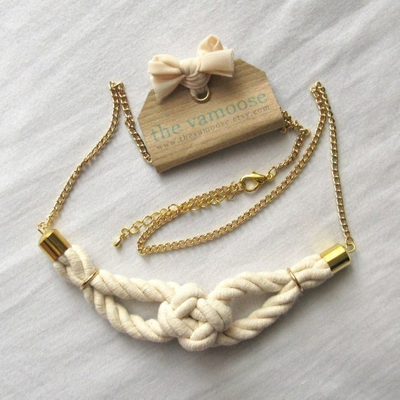 the sailor's knot necklace