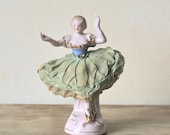 Circa 1950s Hand Painted Wales Chinaware Figurine Japan