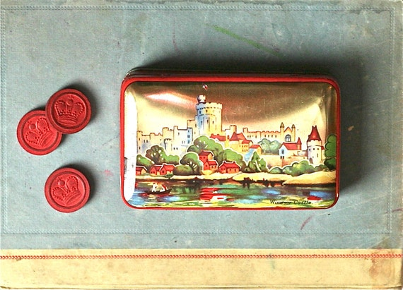 Vintage Blue Bird Toffee Tin  Harry Vincent Windsor Castle England