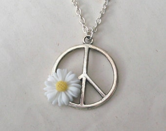 Peace Necklace, Flower Necklace, White Daisy Necklace, Summer of Love