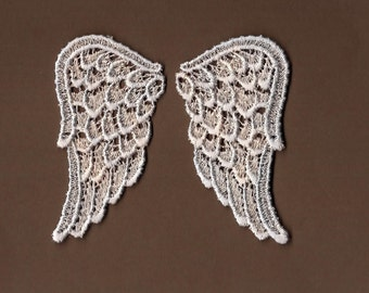Hand Dyed Venise Lace Sweet Angel Wings Petite Appliques  Creme Blue