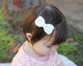 Organic cotton vintage inspired hair bow- white