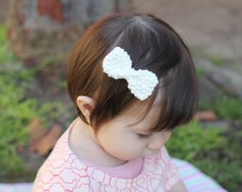 Organic cotton vintage inspired hair bow- white