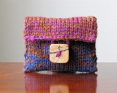 Everyday Elegance Hand-knit Wool Jewellery/Makeup Pouch