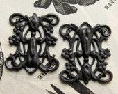 Victorian style Blooming Trellis link, black brass, 23mm (2 connectors) black flowers, noir patina, flat rectangle filigree