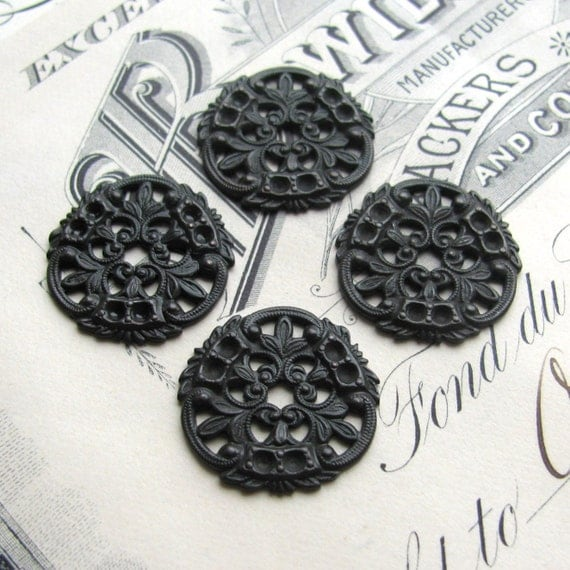 William Morris filigree medallion, antiqued black brass, 18mm (4 medallions) round flat filigree disc