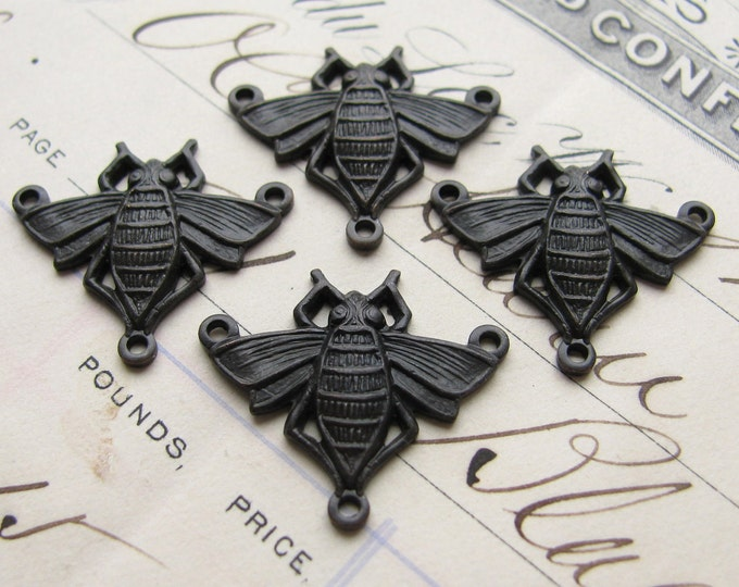 Bumble Bee necklace links, dark antiqued brass, Victorian ornament - 17mm x 21mm  (4 connectors) black bee link, rustic patina