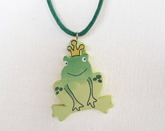nnc-CLEARANCE - Green Frog Prince Necklace