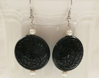 ndb-Black Carved Round Dangle Earrings Accented with White Faux Pearls