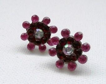 ns-Vintage Look Pink and Red Rhinestone Stud Earrings