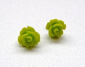 ns-Green 3d Clay Rose Stud Earrings