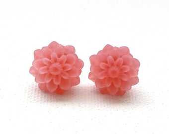 Frosted Peachy Pink Resin Mum Stud Earrings