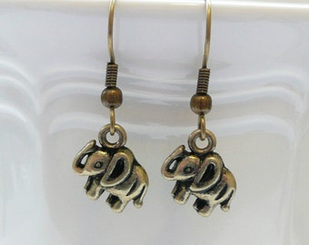 nd-Small Antique Gold Elephant Dangle Earrings