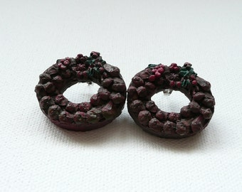 Rustic Holiday Wreath with Red Berries Stud Earrings