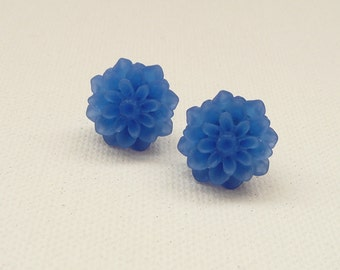 ns-Frosted Sapphire Blue Resin Mum Stud Earrings