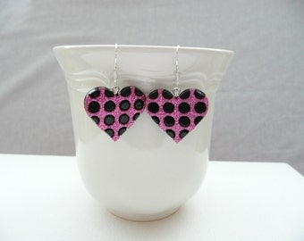 nd-Black and Pink Glitter Heart Dangle Earrings