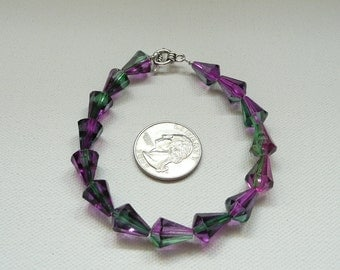nbc-Purple and Green Two Tone AcrylicTeardrop Bead Bracelet with Silver Toggle Clasp