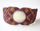Macramé bracelet with andean opal stone