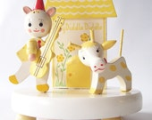 vintage table lamp lighting hey diddle diddle wood light white and yellow nursery