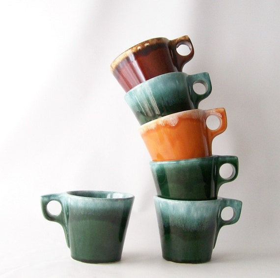 Vintage Hull Pottery Mug Drip Glaze Coffee Cup Set Retro