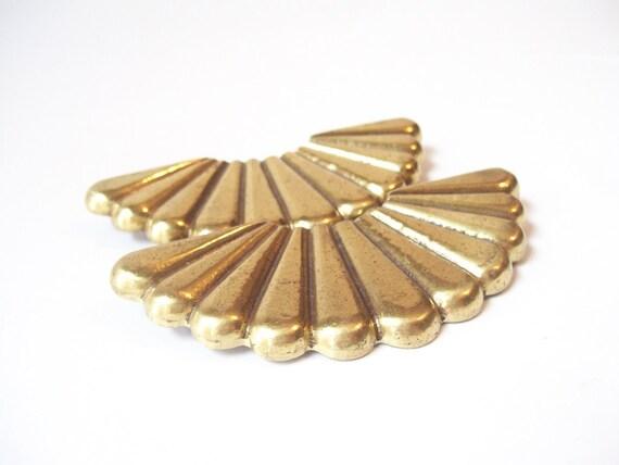 vintage brass drawer pulls hardware salvaged retro home decor art nouveau fan furniture accessories top