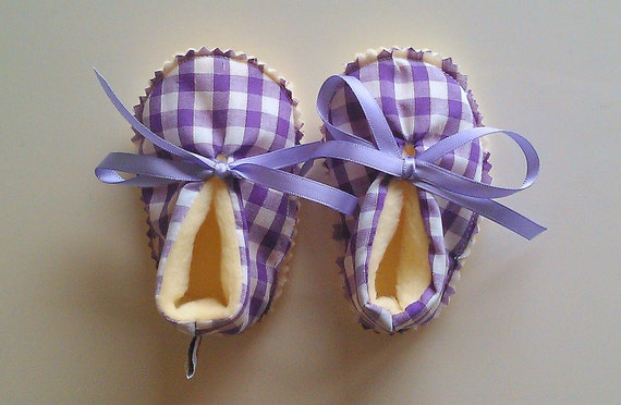 Purple Gingham baby girl fleece booties - spring color - Aquarius baby girl - baby shower gift - ready to ship - purple - yellow