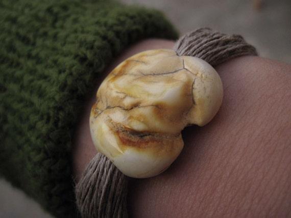 White Raw Amber Linen Bracelet, Natural Baltic Amber, Linen Jewelry