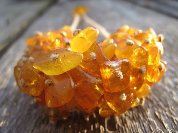 Fresh Wild Honey Natural Raw Baltic Amber Bib Necklace Summer Fashion Jewelry Sunny Yellow Gold Orange Cluster Bee