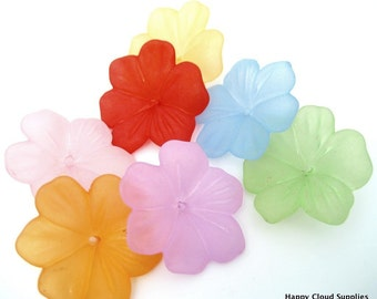 Destash Sale... Big Colorful Acrylic Flower Beads... 30pcs