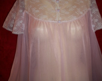 Vintage 60s Nylon and Lace Robe