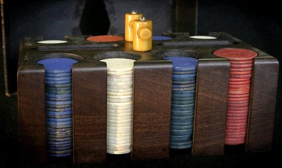 Vintage Poker Chips in Case Bakelite Handle