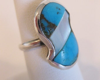 Gorgeous Native American Inlaid Turquoise MOP Sterling Ring