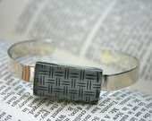 Security Envelope Cuff Bracelet - Rectangle Lattice Pattern