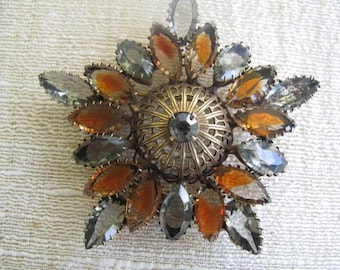 Juliana Style Rhinestone Brooch with Gray and Amber Stones