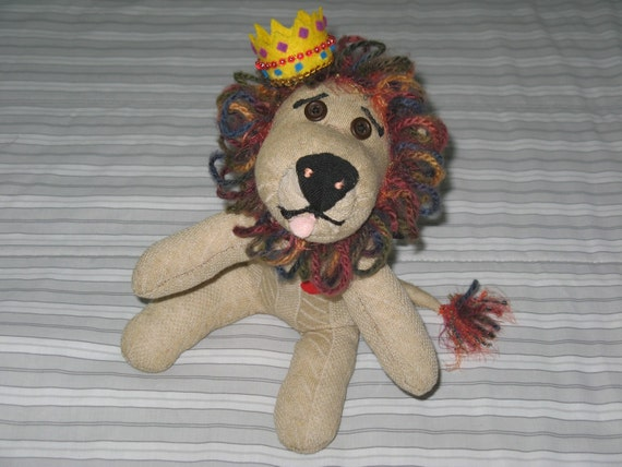 African Lion, Jabari, the Vintage Style, Sock Lion, a Soft Heart (tm), with gift wrap