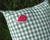 Snail trail cushion