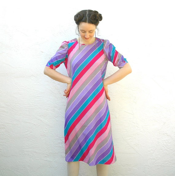 Pastel Rainbow Dress... 80s Vintage Striped Spring Dress... Diagonal Stripes... FRUIT STRIPES (m)
