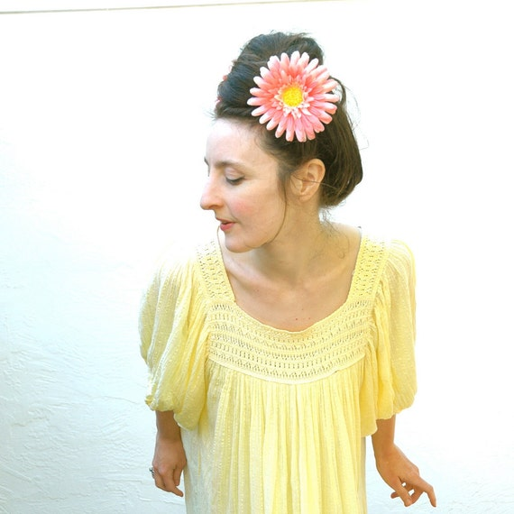 SALE... Vintage Boho Summer Dress.... Hippie Dress... Crochet Neckline... FOREVER SUNSHINE (large)