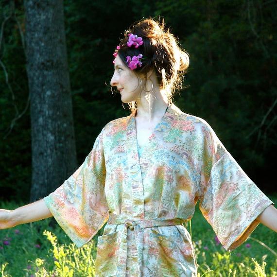 Silk Kimono Jacket... Asian Floral Jacket... GOLDEN TOMORROWS (one size)