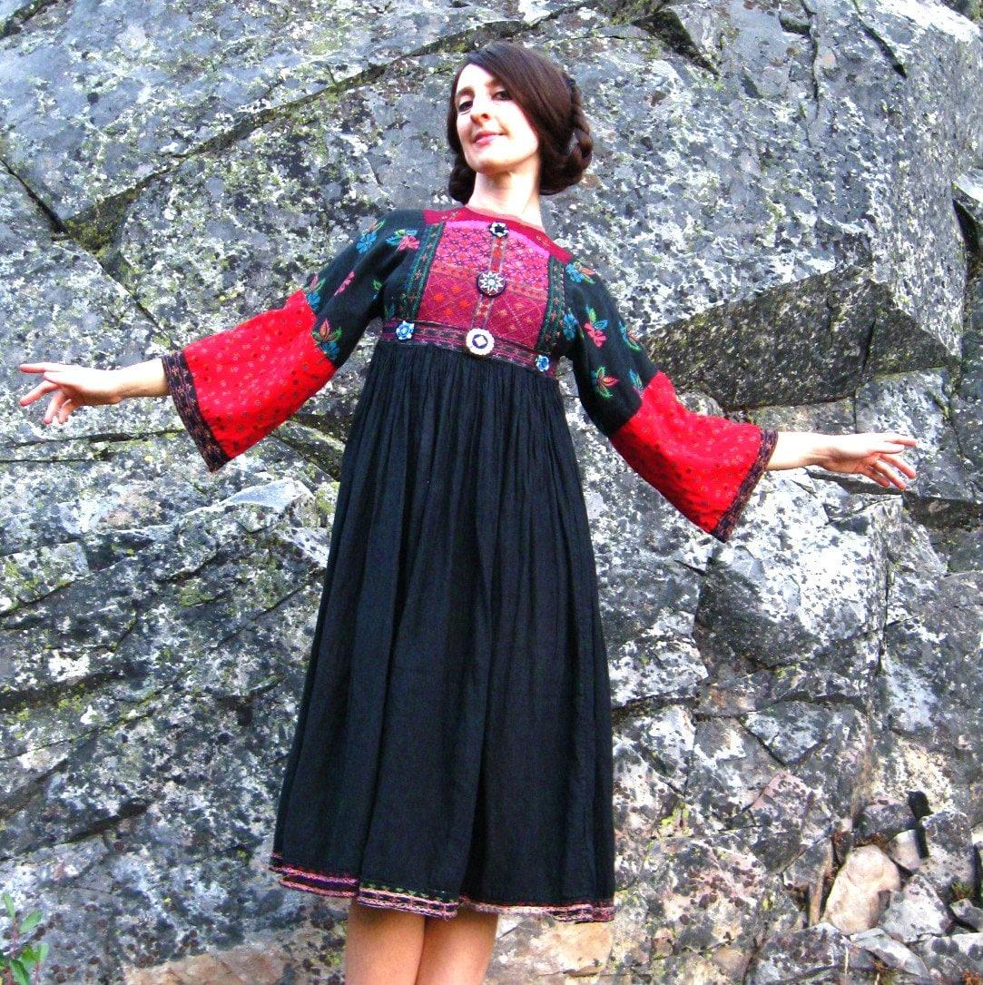 Vintage TRADITIONAL AFGHANI Folk Dress XXS