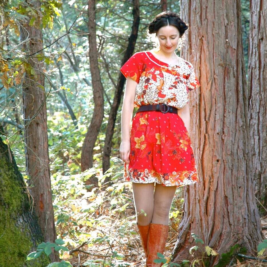 Indonesian Batik Dress... Red Batik Dress... BALINESE BABY