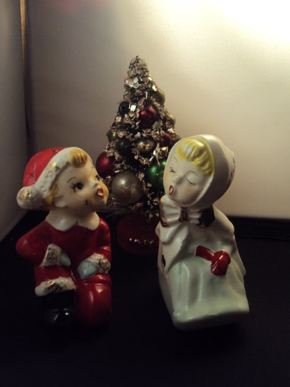 Vintage Pair of Christmas Kissing Elf Pixie Salt and Pepper Shakers