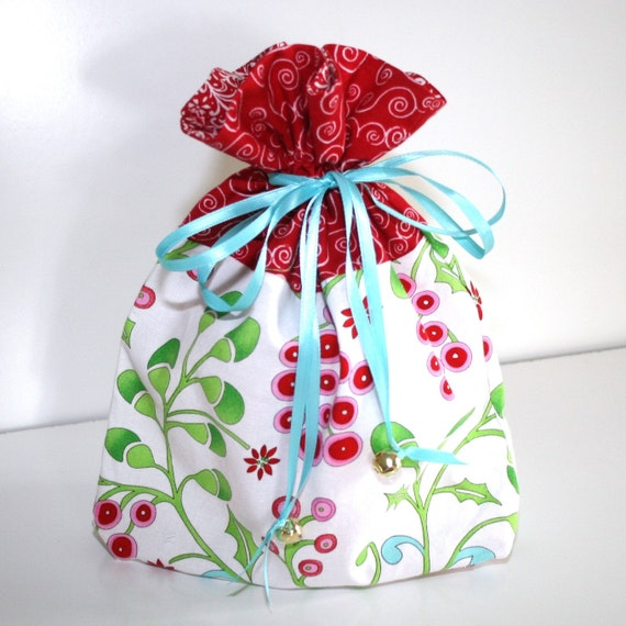 Small reusable holiday fabric gift bag or project