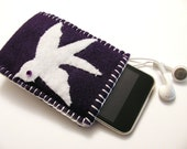 iPod Cozy with Back Pocket for Ear Bud Storage - White Sparrow Applique